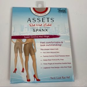 Spans Red Hot Label Super Control Mid-Thigh Shaper